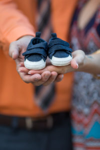 Tallahassee Family Photographer Maclay Gardens Parents with Baby shoes
