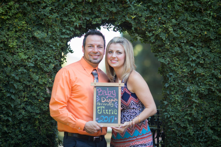 Catalytic Camera Photo Tallahassee Family Photographer Maclay Gardens new parents announcing