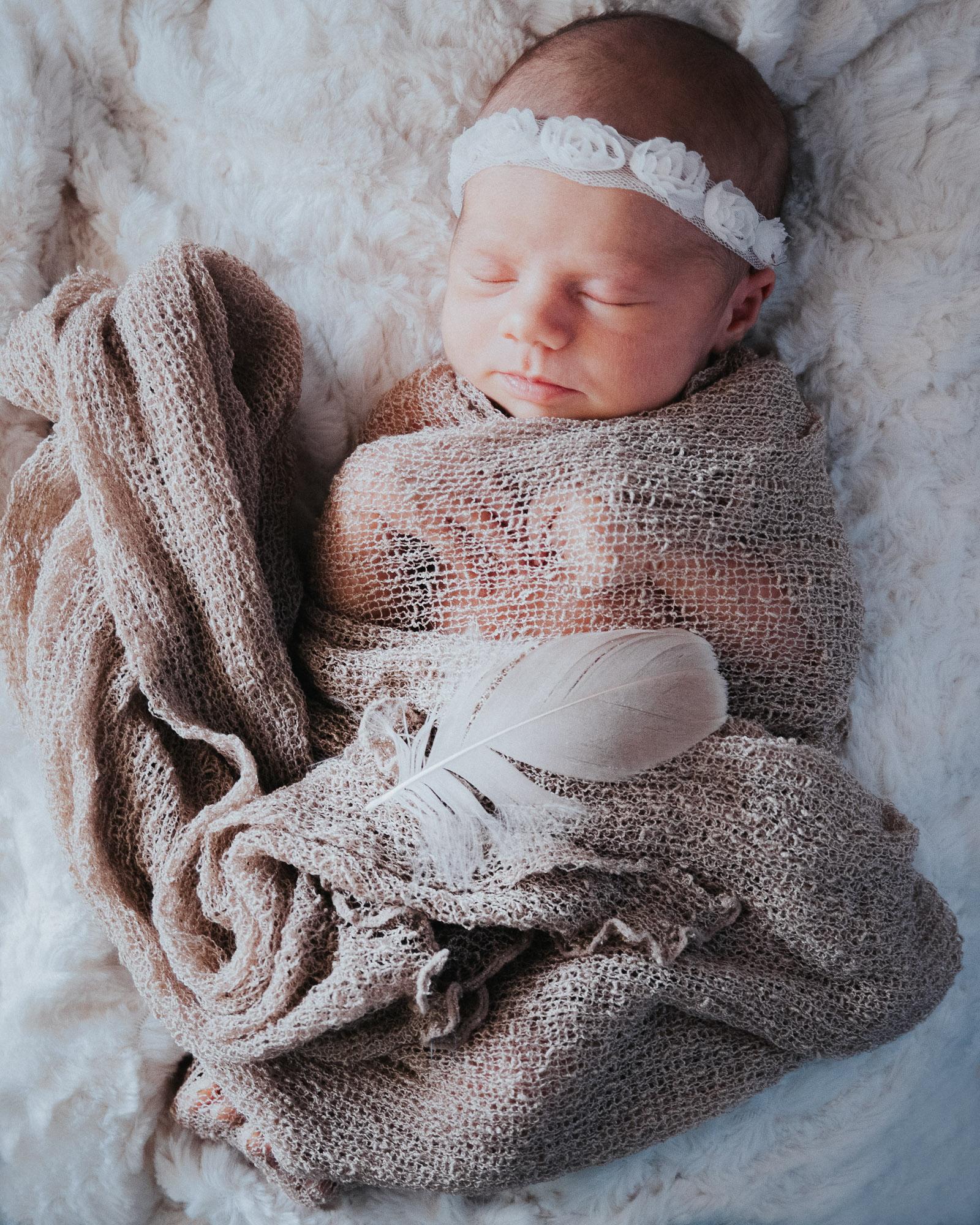 Newborn photographer on location in home