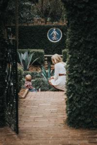 Maclay Gardens Family photographer mom and babyCatalytic Camera